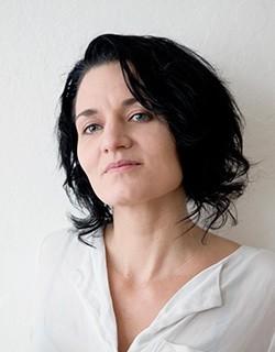 Olga Waitz, DI